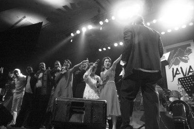 Ruth Sahanaya, Margie Siegers, Harvey Malaiholo, Lita Zein, Shakila, Bob Tutupoly, Andre Hehanusa, Glenn Fredly, Olive Latuputty for Ricky Lionardi Big Band on Moluccan Night Special Show Java Jazz Festival 2006